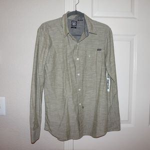 Volcom Button-up shirt, Medium, NWT